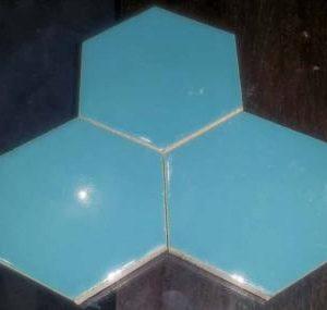 آجر لعابی شش ضلعی